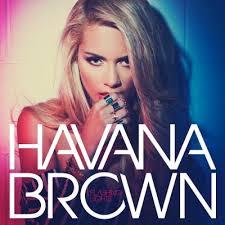 オーストラリア出身のDJシンガーダンサー、ハヴァナ・ブラウン。