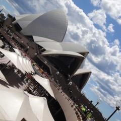シドニーのオペラハウスが40周年。